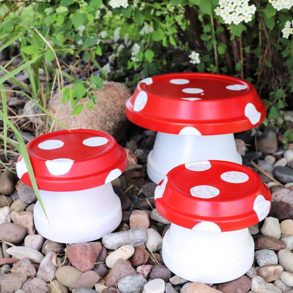 Clay Pot Mushrooms for a Fairy Garden