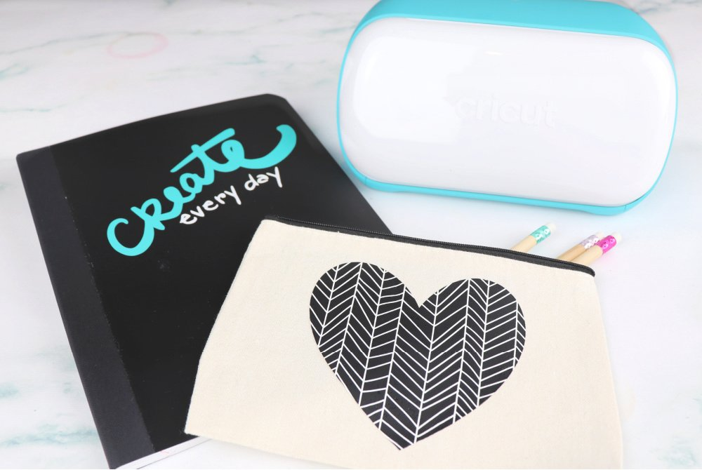 Cricut Joy notebook and pencil case