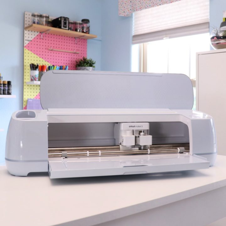 Unbox Cricut Maker 3 and Make Your First Cut